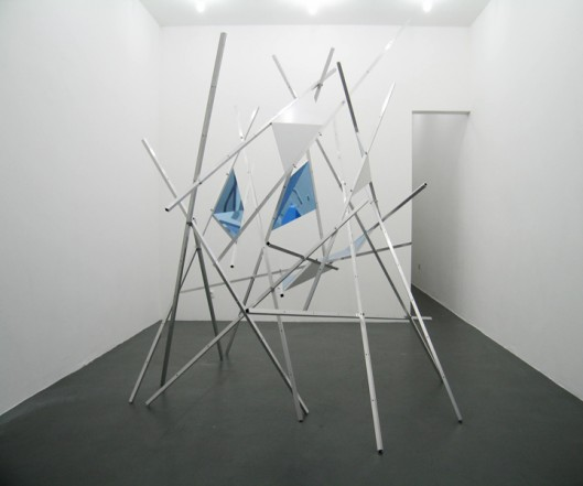 Get Lost in Abstract Thoughts, 2011, aluminium, wood, lacquer, polystyrene, 249 x 210 x 240 cm (variable)
