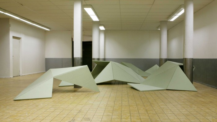 Untitled, 2008, styrofoam, fitting foam glue, acrylic, 100 x 860 x 1215 cm