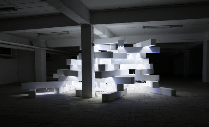 Palace of Mind, 2009/2010, wood, lacquer, neon bulps, dimensions variable