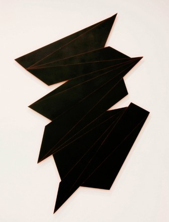 Schwarzes Fragment, 2012, wood, lacquer