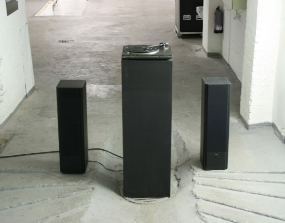 Walk the Line, 2008, LPs, record player, amplifier, speakers, cable, wood, lacquer, acrylic, 140 x 200 x 37 cm