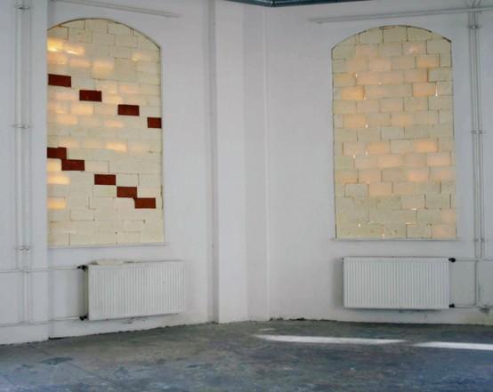 Wärme halten (Detail), 2009, PU foam, clay 253 x 142 x 18,5 cm; 256,5 x 141 x 12,5 cm